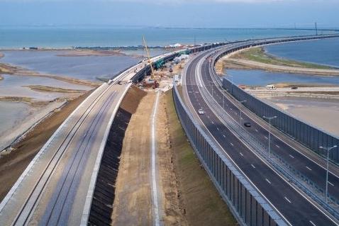 Крымский мост может получить продолжение до границы с Абхазией