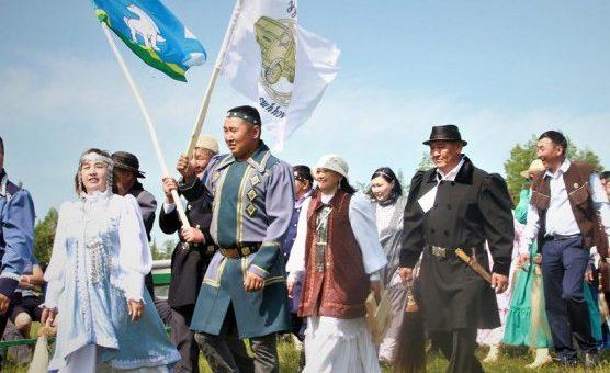 Дальнобойщики Якутии отпраздновали профессиональный праздник ысыах