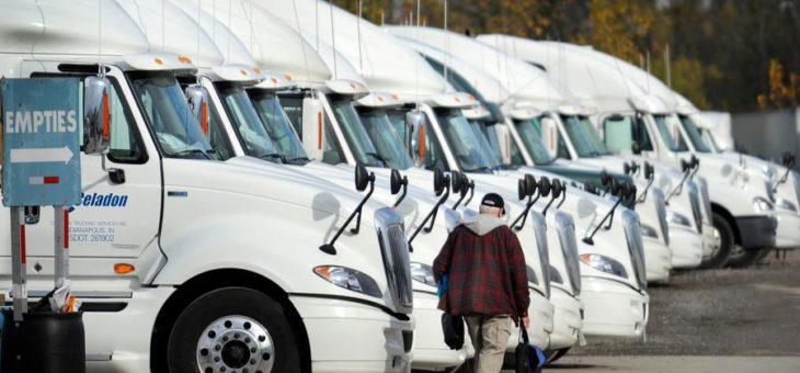 «Нас всех обманули»: крупнейшее банкротство оставило без работы 4000 американских дальнобойщиков